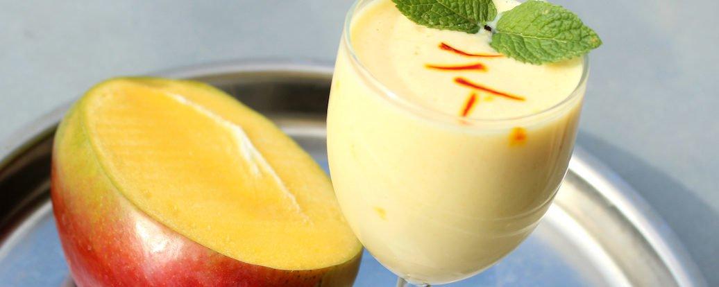 Szafranowe Mango Lassi