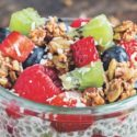 Śniadaniowy pudding z chia i owocami