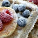 Gofry owsiane z owocami