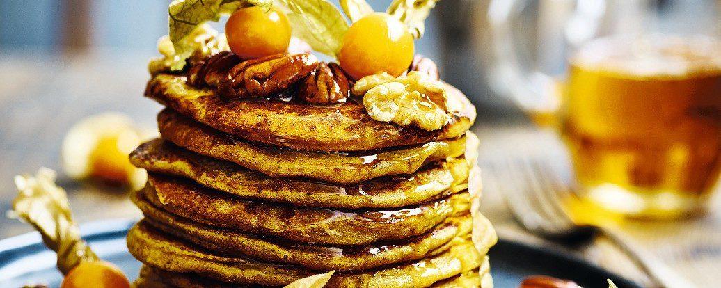 Dyniowe pancakes z syropem klonowym