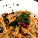 Fettucine z kalafiorowym sosem Alfredo
