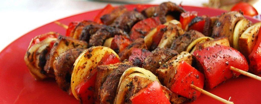 Grillowane wegańskie szaszłyki