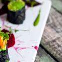 Vegan Nori Sushi z pastą imbirowo-migdałową