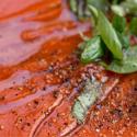 Zupa pomidorowa z pieczonych pomidorów i czosnku